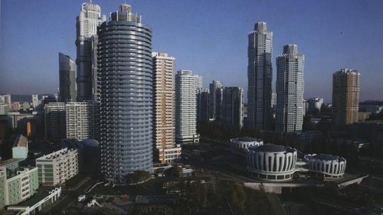 图为朝鲜平壤的黎明大街(KBS新闻)