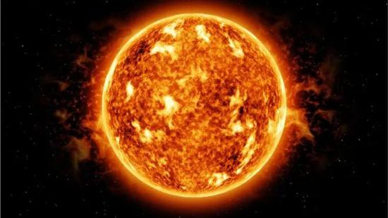 ▲太陽是一個巨大的核聚變反應堆。(BBC)