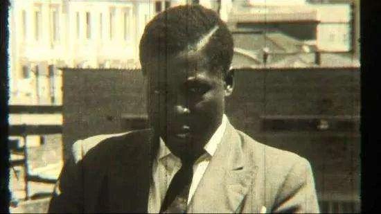 青年时期穆加贝