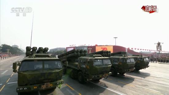 国产新型火箭炮