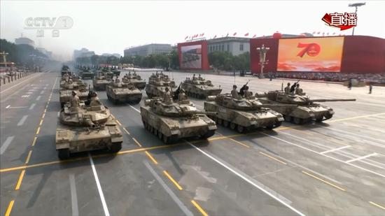15式轻型主战坦克