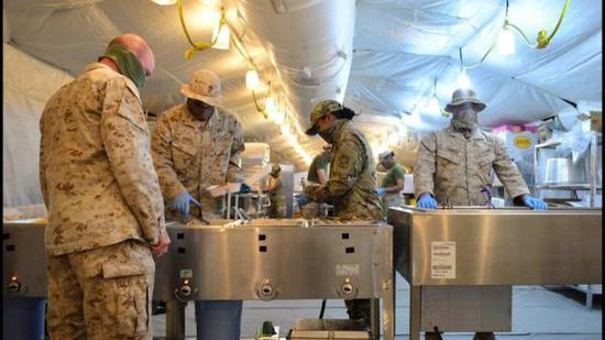 又一座基地沦陷!美军驻科威特空军基地暴发新冠疫情