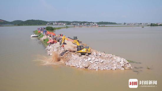 7月14日起,封堵施工最先(图片泉源:中国安能)