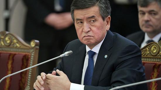外媒:吉尔吉斯斯坦总统宣布辞职