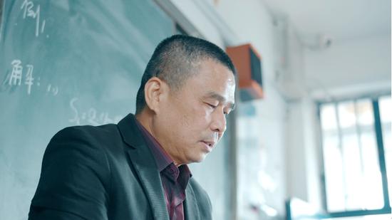 福建莆田市黄国福先生在西吉中学支教