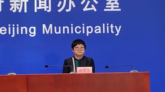北京:市民仍应坚持戴口罩 这个季节戴口罩更为重要图片