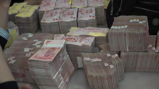 詹顺舟收受的部分现金。