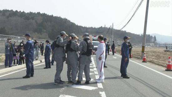 东京奥运会圣火又灭了 连备用火种也被吹灭了