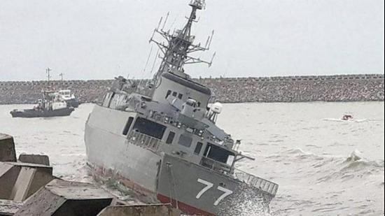 伊朗最大舰艇沉没,原因是……