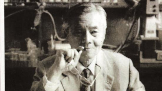 他研发这款药进中国药典 是唯一被美仿制中国药品两耳清风怎么做