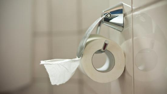 """上海的""""厕所革命""""正从细微之处着手推进,比如几张厕纸。"""