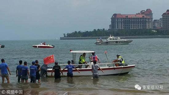 ▲8月6日,青岛,双胞胎女童搜救现场。图/视觉中国