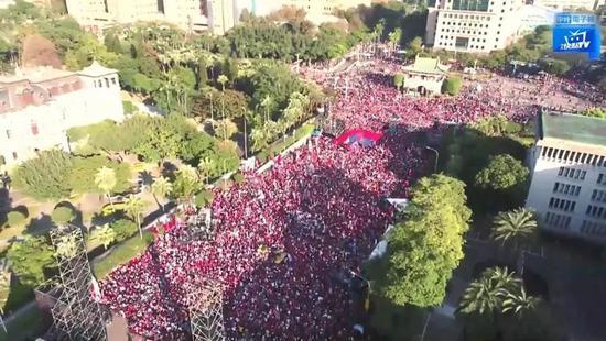 韩国瑜选前最大造势上演 主办方称现场人数超10万图片
