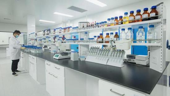 两种中和抗体联合治疗新冠,取得积极临床试验疗效图片
