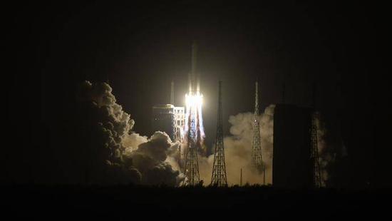 嫦娥五号出征为何要选在凌晨?四个原因图片