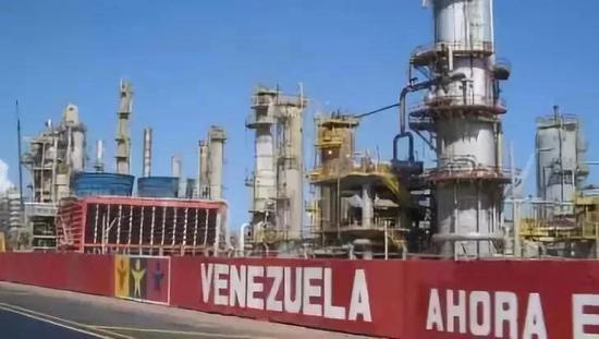 委内瑞拉石油生产设施