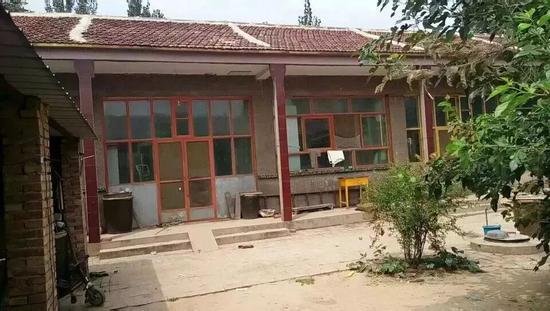 """▲王心仪的家。 图片来源:""""河青家长会""""公众号"""
