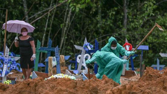 巴西新冠肺炎死亡病例已增至9146例(图源:报道视频截图)
