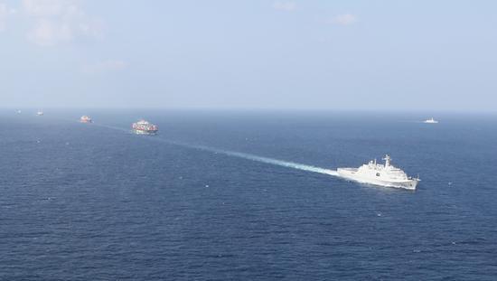 堪比大片!中国海军护航编队解救被劫持船舶画面曝光图片