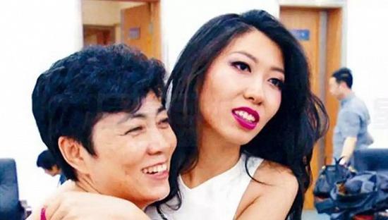曲婉婷母亲张明杰案一审三年后再开庭 改控两宗罪|征地