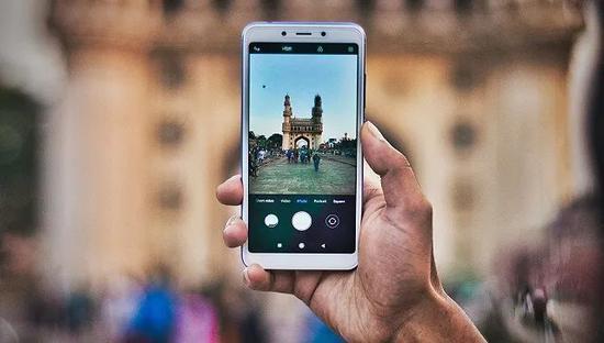 """在印度的中国手机""""杂牌军"""":今年肯定亏啦 但也见怪不怪图片"""