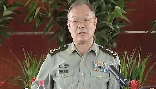 现在,贾廷安是全国人大华侨委员会副主任委员。