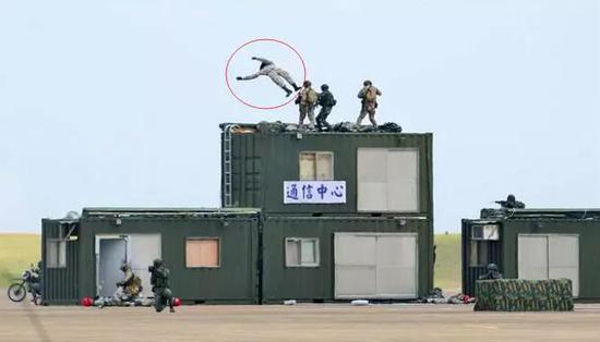 好尴尬 台湾的一场军演让民众失去了信心(图)