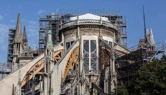 被指明知圣母院大火有铅污染不作为 巴黎当局被诉|圣母院