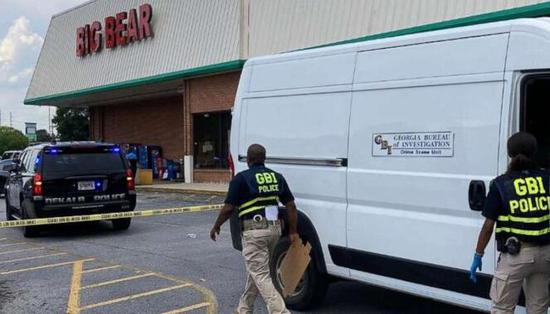 美国一杂货店收银员要求顾客戴口罩遭枪击身亡