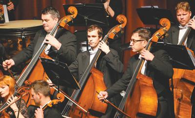 比年来,外洋交响乐团来华上演日益增多。