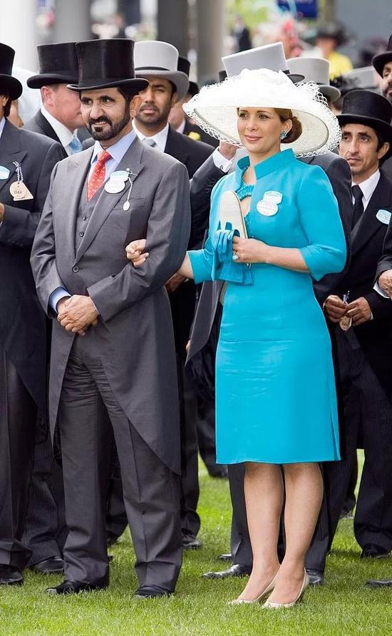 迪拜酋长和哈雅王妃出席活动。/视觉中国