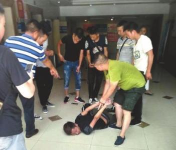 贩毒人员被抓获。