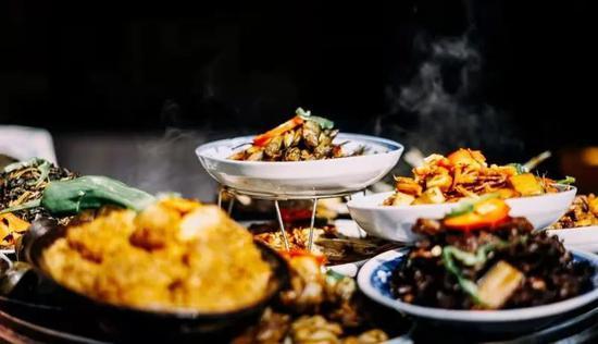 1亿人就地过年 中国人的年夜饭正在悄悄改变图片
