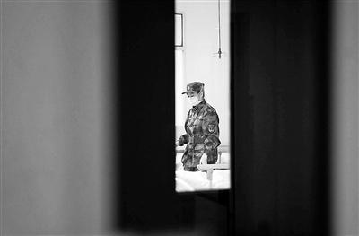 援兵赶到 武汉金银潭医院医护人员:终于等到你