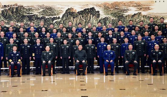 习近平接见全军思想政治教育工作会议代表图片