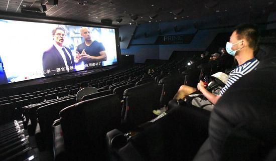 [杏悦]北京影院复工观众感叹太久没看杏悦电图片