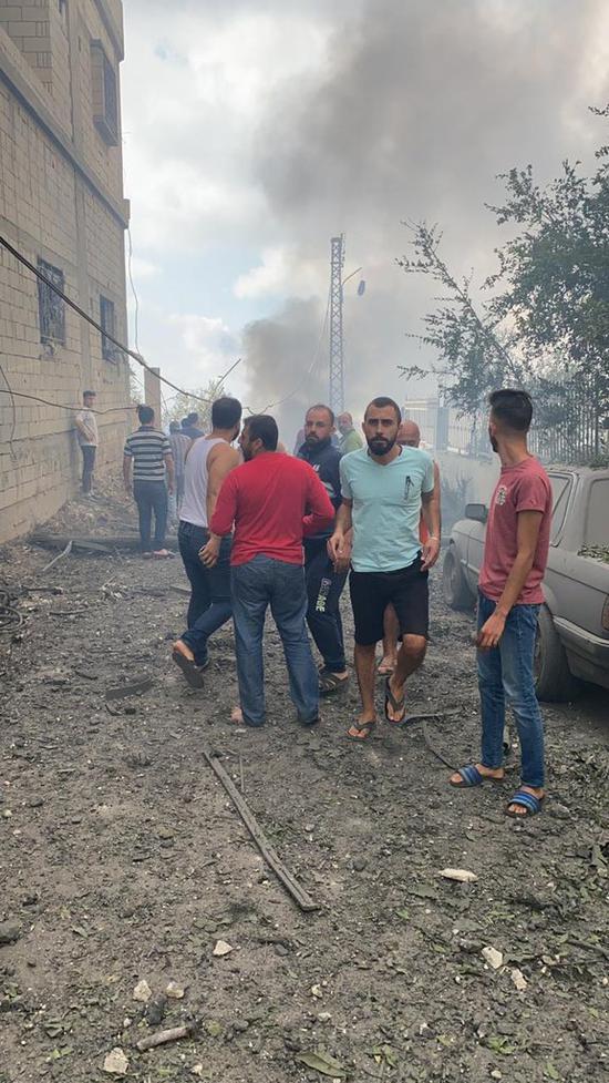 黎巴嫩南部发生爆炸 现场浓烟滚滚