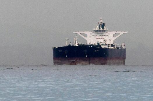 印度不顾美国制裁,想方设法继续购买伊朗石油。(图源:路透社)