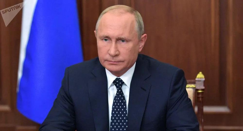 ▲普京对失事飞机上的遇难军人亲属表示哀悼。(俄罗斯卫星通讯社)