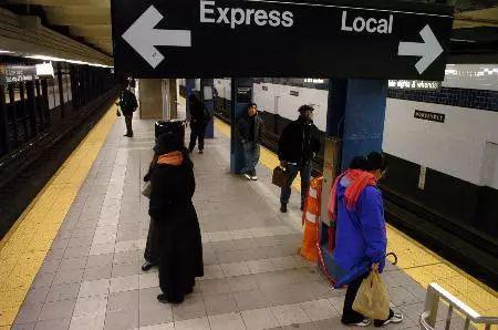 地下空间地铁