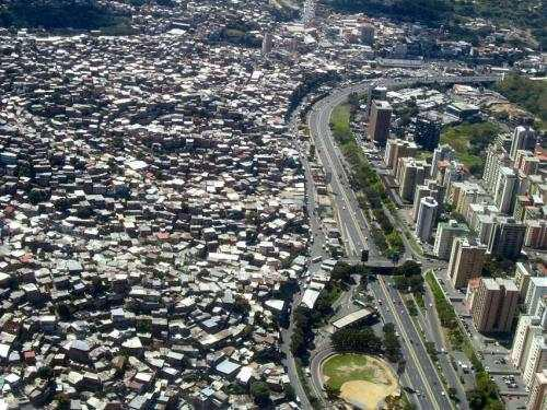 人民日报:中国的城市 为啥没有贫民窟?