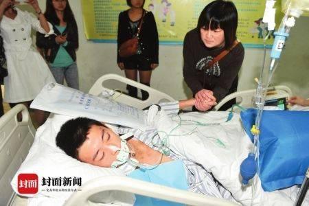 2011年,陈浩遭遇车祸。