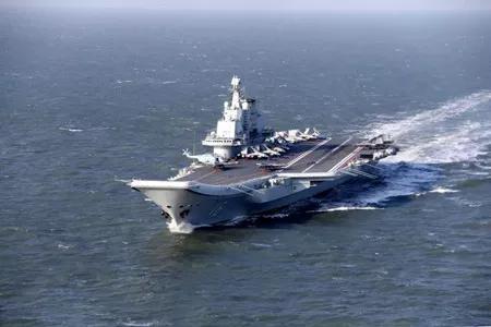 辽宁号航空母舰(图片来自网络)