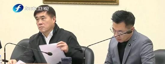 国民党前副主席郝龙斌(左)