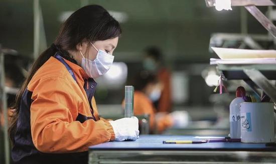 口罩出口囧途:中国标准突遭拒绝 质量问题应予重视图片