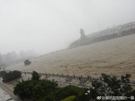 歇后语成真 四川南充连续强降雨大水真冲了龙王庙