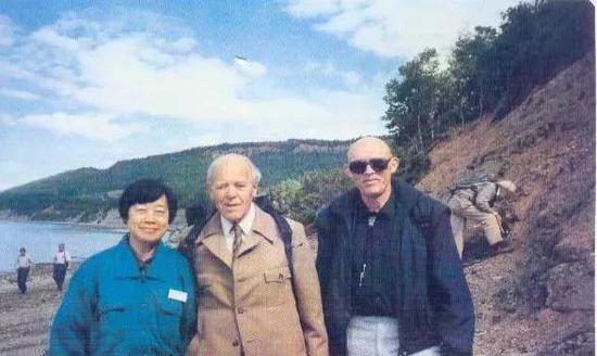 张弥曼出生于1936年4月,