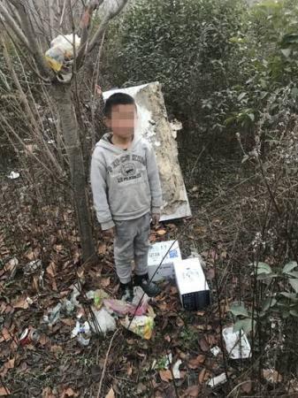 22岁的流浪汉偷盗多次:我要养家