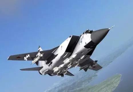 导弹挂架满载的米格-31