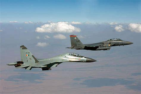 外媒关注美印空军联合军演:中巴联训同步进行